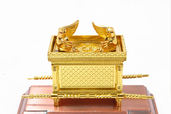 Miniature Ark of the Covenant
